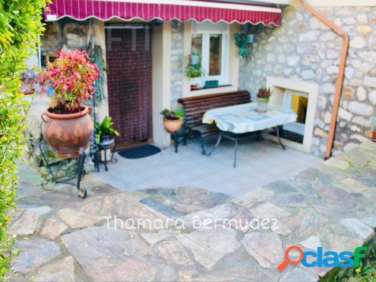 Alquiler con opcion de compra!!! magnifica casa junto a la playa y rodeada de montañas.