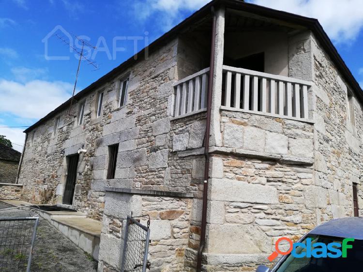 Casa rural a restaurar en lugo