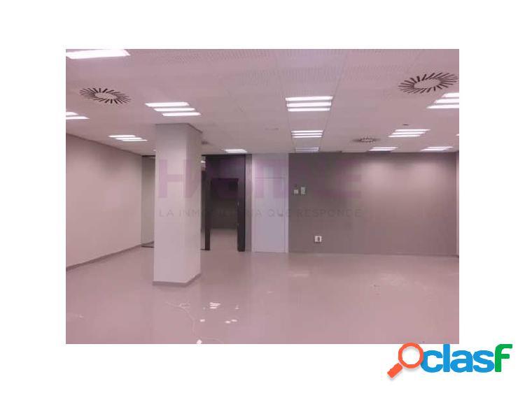 Precio negociable. local comercial 156 m2 antigüa oficina bancaria.