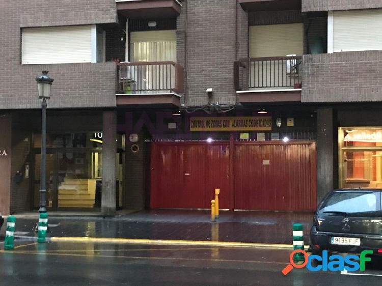 Rodriguez de cepeda, buena plaza de garaje con facil acceso y comodo aparcamiento