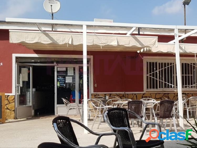 Restaurante más vivienda en la zona buenavista- calicanto