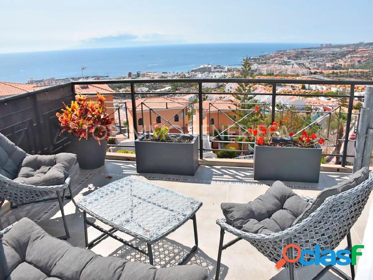 Villa con vistas panorámicas al mar impresionantes en san eugenio