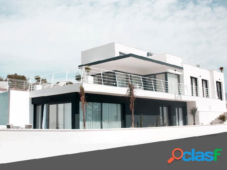 ¡villa independiente con vistas magníficas y piscina privada!