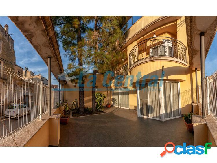 Casa de lujo en venta en santa bárbara. inmobiliaria tortosa 11150