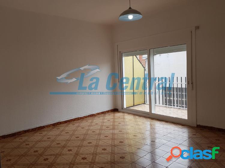 Piso en venta en tortosa en el barrio de ferreries. inmobiliaria tortosa 11139