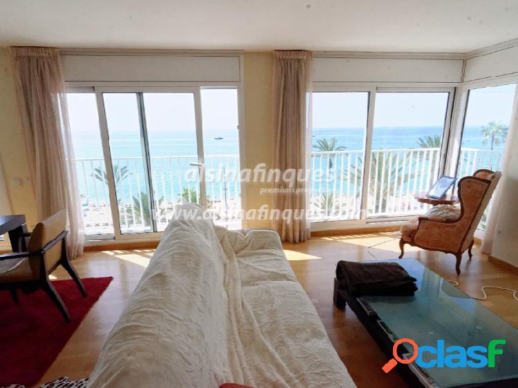 Apartamento, 3 dormitorios, paseo marítimo, primera línea, lloret de mar
