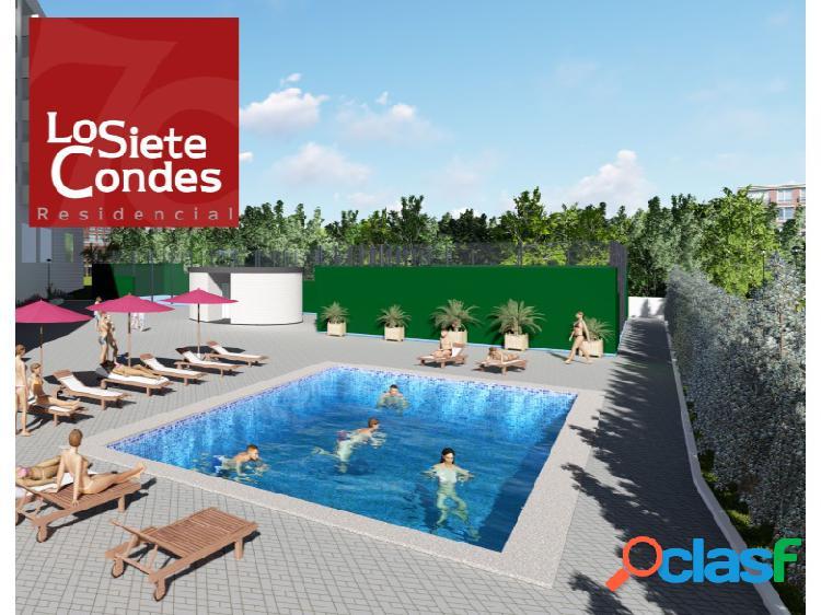 'RESIDENCIAL LOS SIETE CONDES ' Los Siete Condes cuentan con una zona exclusiva de aproximadamente dos mil metros cuadrados de jardines, piscinas y pistas deportivas con dotaciones sanitarias