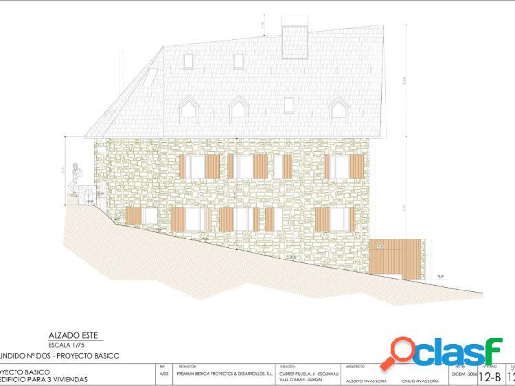 Parcela urbana para 3 viviendas