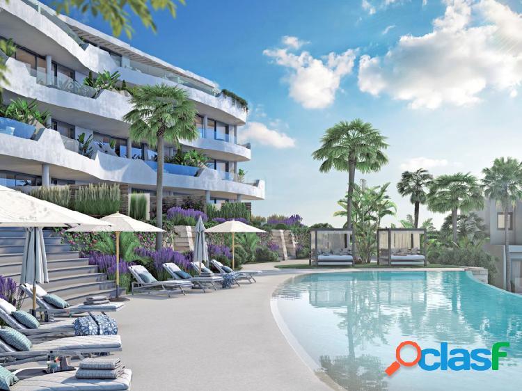 Apartamento con jardín privado ubicado en un maravilloso complejo rodeado de naturaleza.