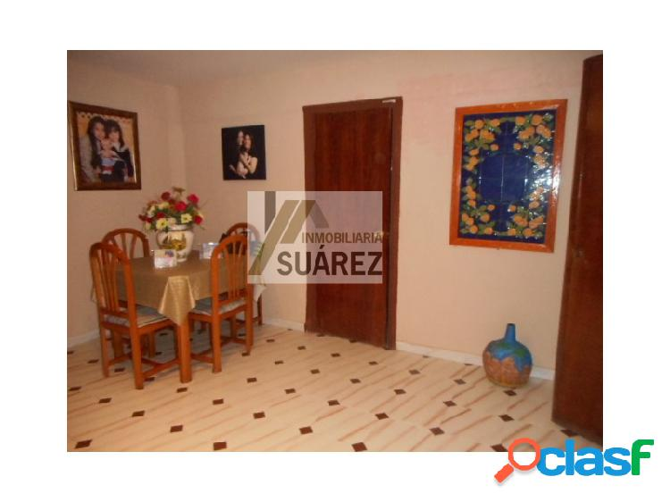 Casa en la Barriada El Gordillo de Sevilla.