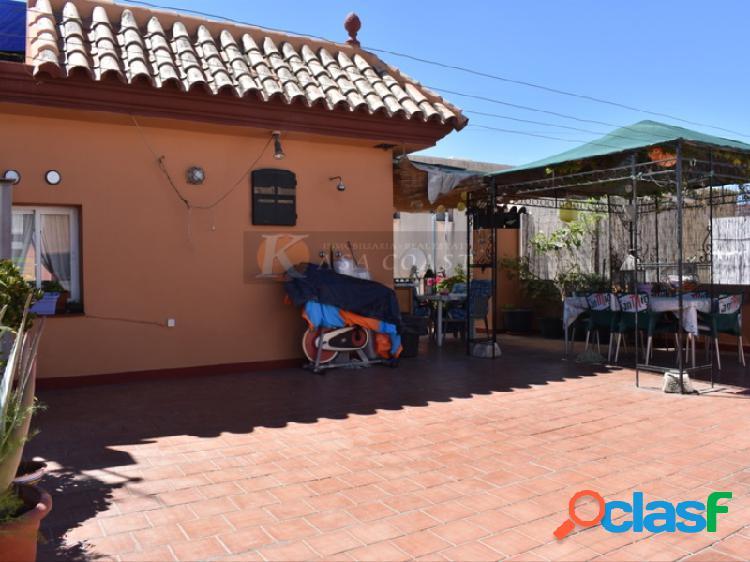 Dúplex en venta en la zona de carretera de mijas en fuengirola.