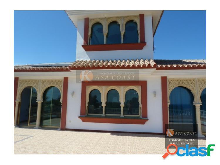 Villa independiente de lujo en la zona de torrenueva