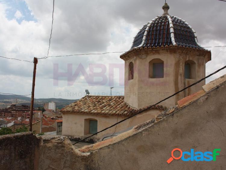 Casa de pueblo en barrio historico ideal para restaurar