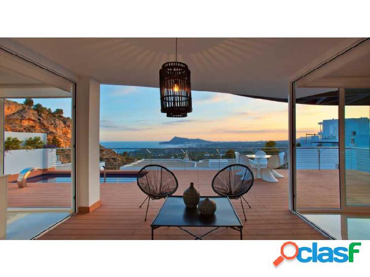 Ewe - villa llena de luz con vista panorámica ubicada en altea