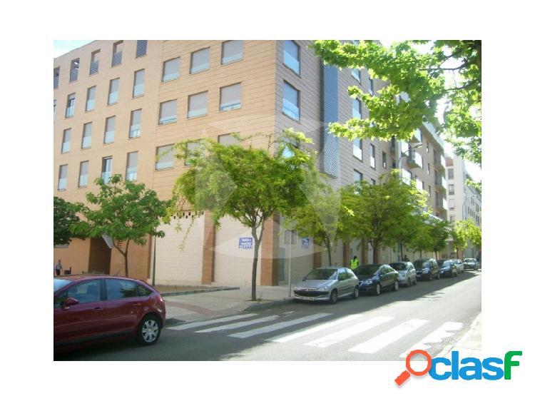Local sin adaptar. 167 m2 en paseo condes de barcelona