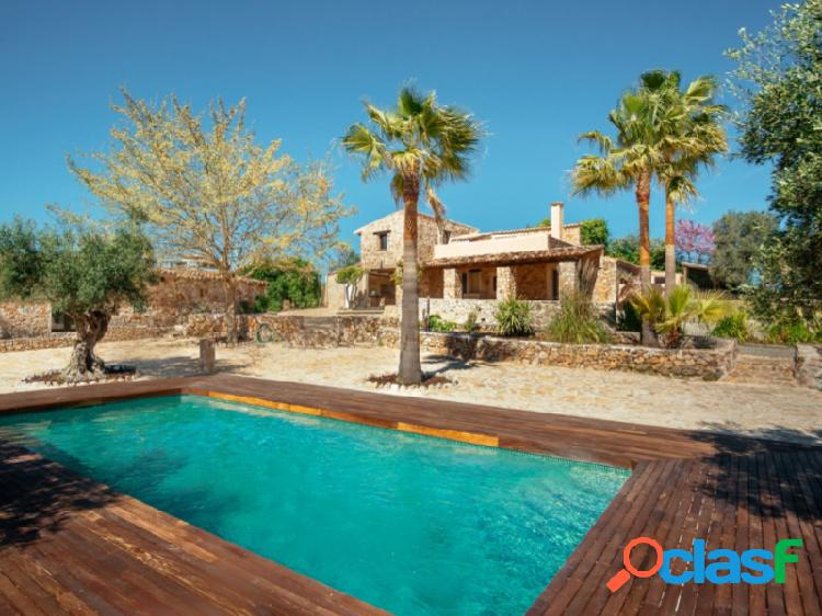Preciosa finca rustica en sineu con piscina.