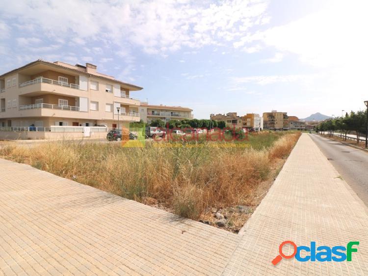 Solar edificable en puerto de alcudia.