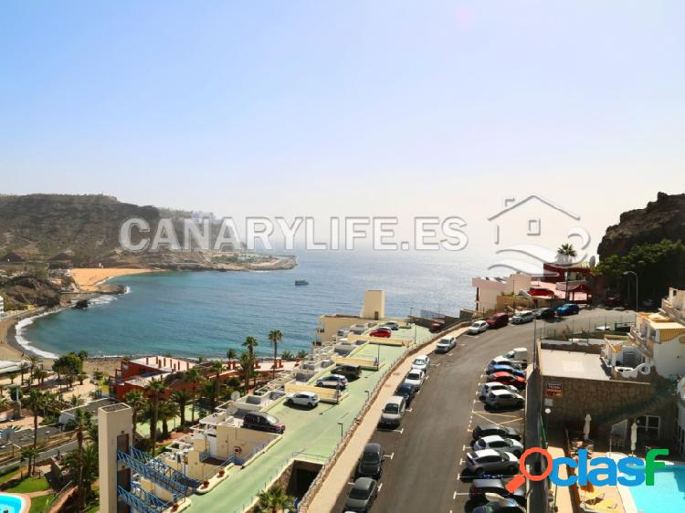 Apartamento con amplia terraza con increíble vista a la playa del cura, de tauro y de amadores