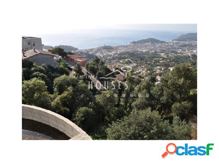 Villa con espectaculares vistas a mar y piscina infinity. zona residencial.