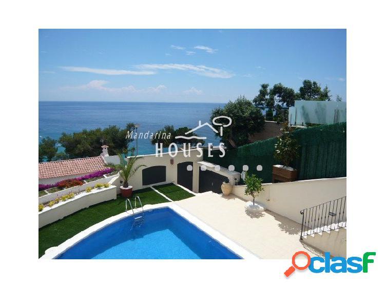 Casa cerca de la playa en venta