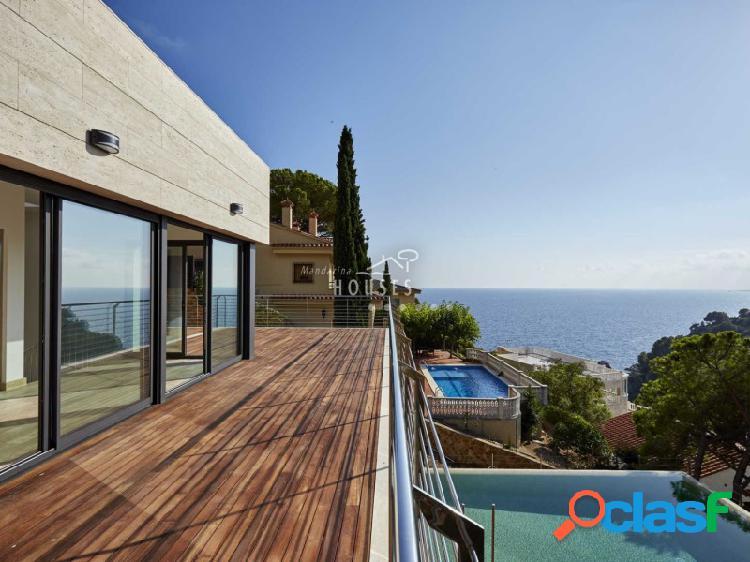 Villa de lujo nueva con magnificas vistas al mar