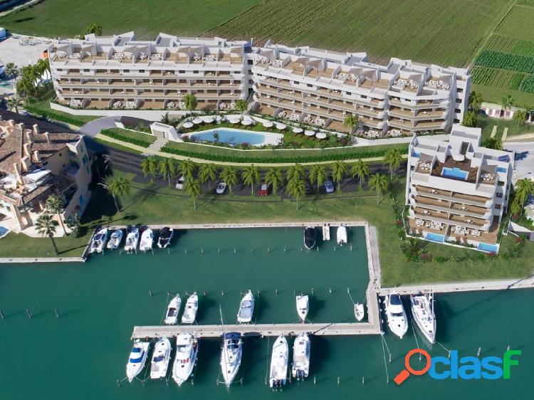 Nueva construcción de áticos y apartamentos en la marina de sotogrande