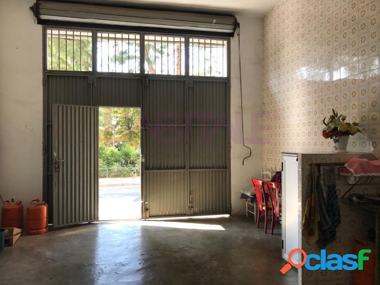 ¡¡se alquila amplio garaje en conjunto con bajo comercial (precio a parte) en cura palanca!!