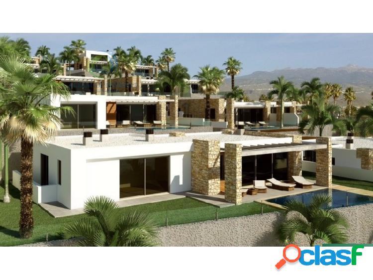 Villas en un nuevo complejo de lujo en el sur de tenerife en san eugenio alto.