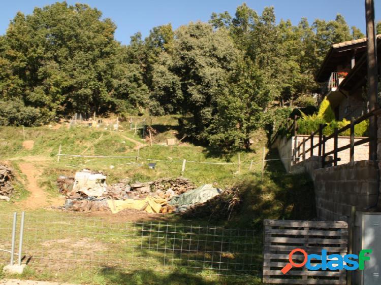 Terreno edificable con proyecto de obra en la nou del bergueda, entorno natural y tranquilo