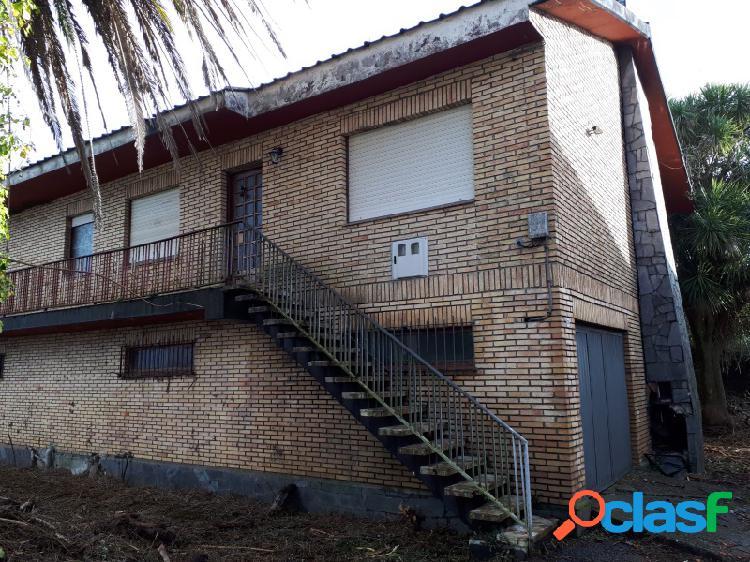 Casa chalet en zona del seijo - mugardos - con finca de 600 m2