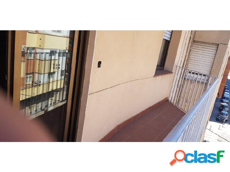 ¡¡ junto plaza catalunya piso con ascensor !!