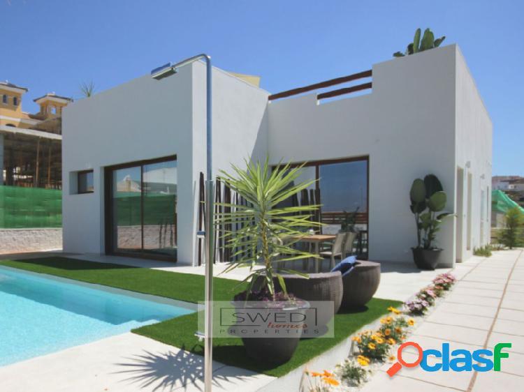 Nuevas villas con piscina privada en benijófar.