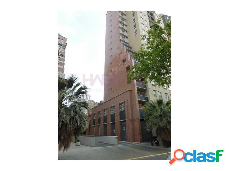 Plazas de garaje en valencia, frente a la ciudad de justicia y el centro comercial el saler, muy próximo a la ciudad de las artes y las ciencias. disponen de buen acceso desde el exterior. de