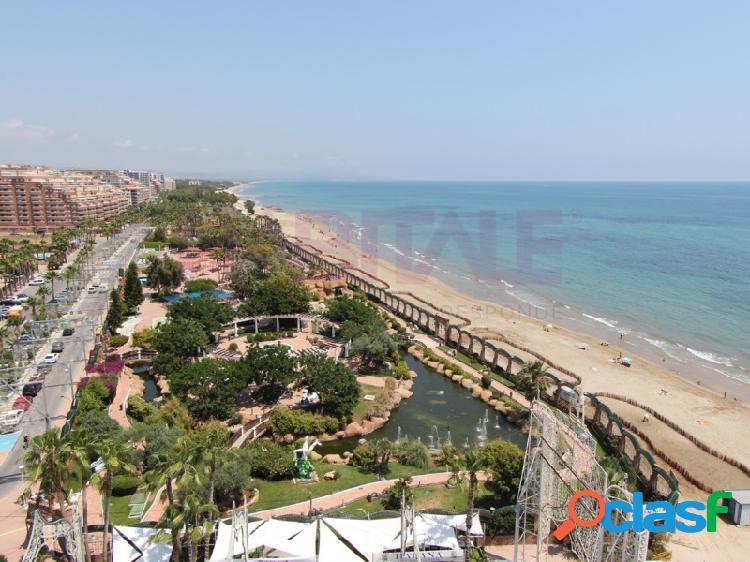 Apartamentos nuevos a estrenar en 1ª línea de playa, 2 habitaciones, 2 baños, amueblado y equipado, terraza, ascensor. garaje incluido, complejo con jardín y piscina. vistas al mar. desde 101