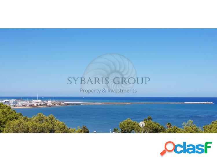 Villa con impresionantes vistas al mar en las rotas, denia. costa blanca