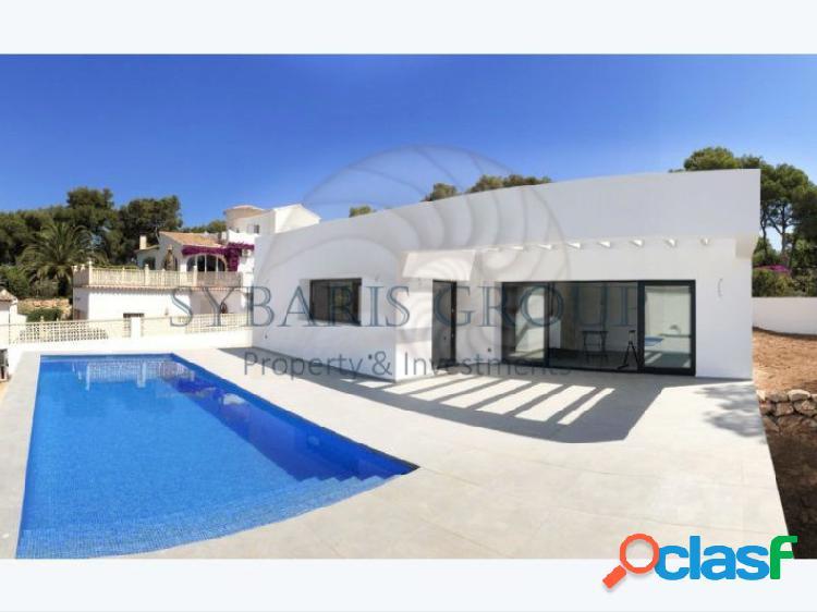 Chalet moderno de nueva construccion con piscina en javea, costa blanca