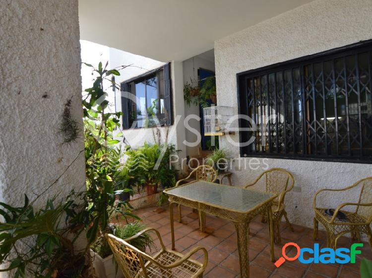 Chalet independiente con parcela