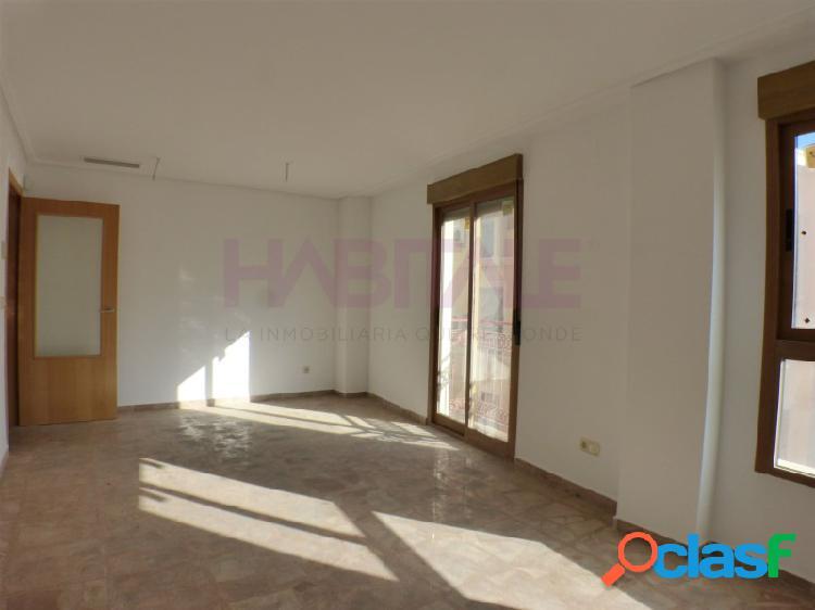 Alicante-centro. piso en venta a estrenar. buena zona, cerca del mercado, rambla, de la estación del tram. ideal inversores para alquiler
