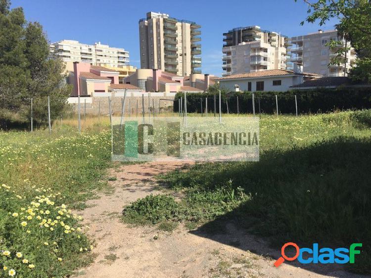Terreno en muy buena zona cerca de la playa, se puede edificar villas unifamiliares (3), heliopolis