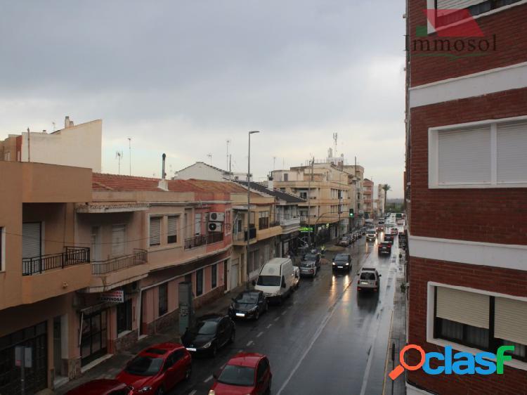 Apartamento espacioso en Los Montesinos