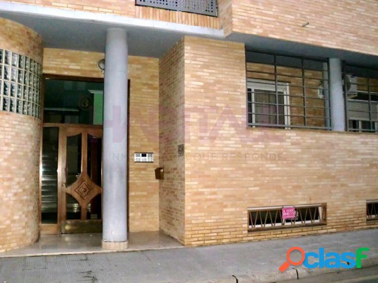 Local acondicionado de 84 m2 útiles destinado a oficinas.