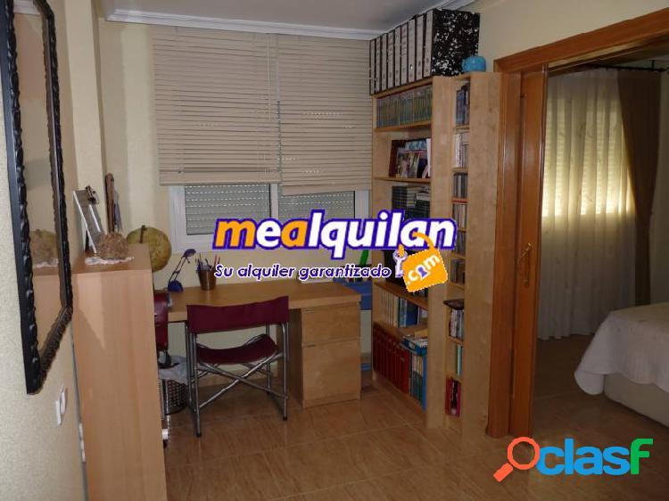 Se vende en Los Garres, San José de la Montaña, piso de 3 dormitorios 3