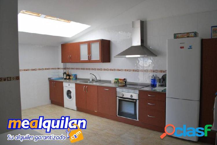 venta Atico duplex, en el Palmar, cuatro dormitorios, dos baños, un aseo, garaje. 3