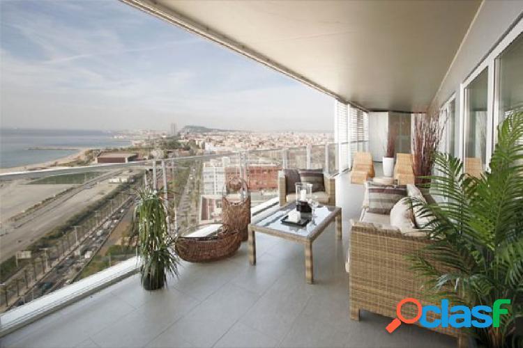 Fantastico piso con vistas a mar y barcelona
