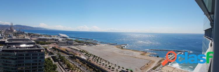Atico espectacular con vistas al mar y ciudad!