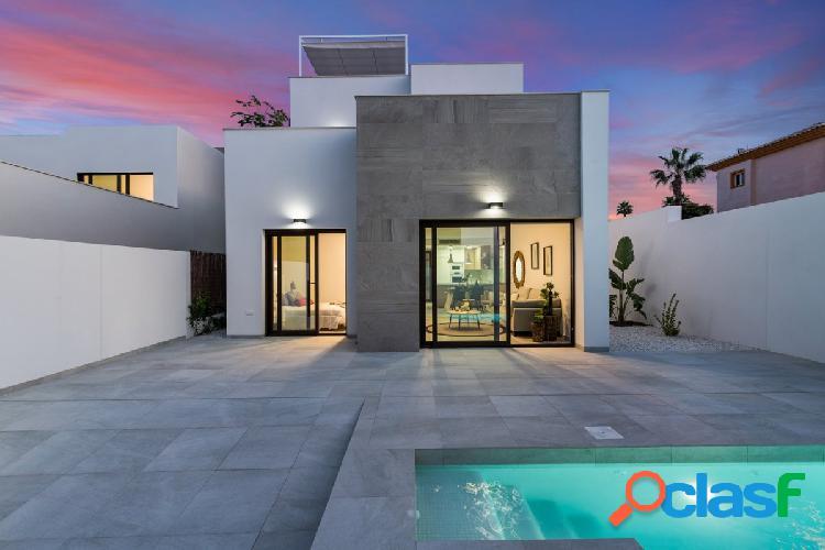 Villa modelo Swing con piscina y vistas al campo de Golf