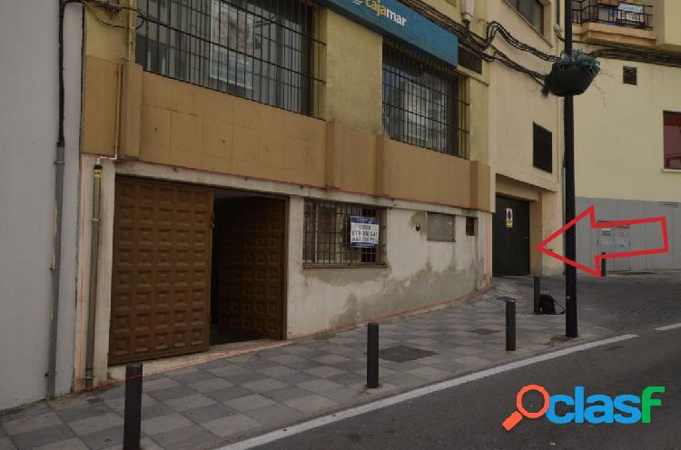 Local comercial con acceso desde calle muro y calle jose antonio