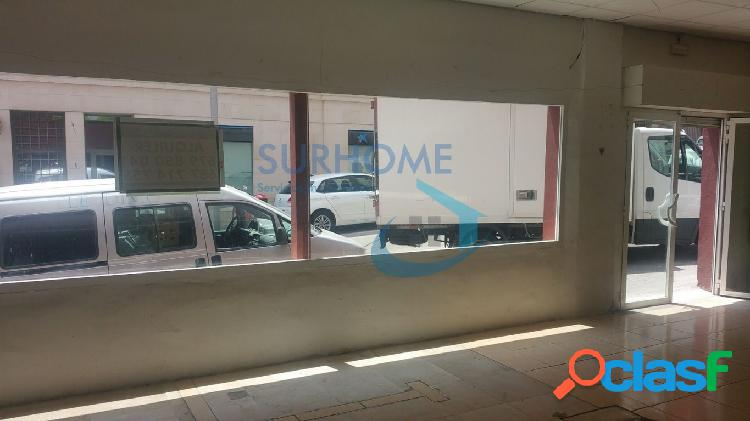 Local comercial diáfano en pleno centro, c/luis braille. 170m2 útiles y amplio escaparate.