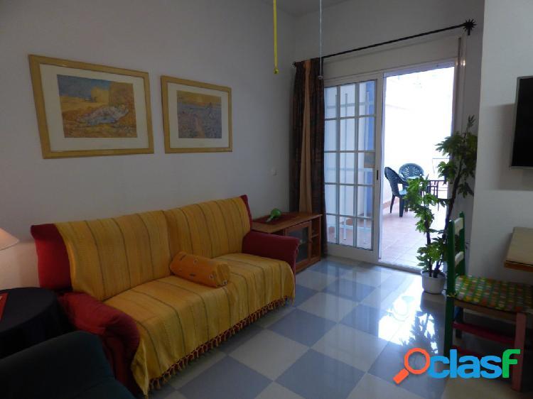 Bonito piso de dos dormitorios en !! residencial esbamar vi !!