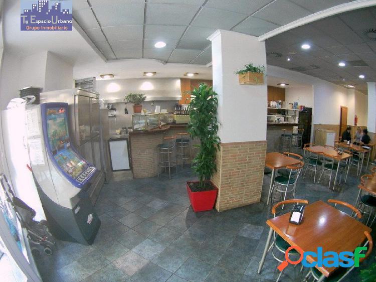Venta de local comercial, bar restaurante en funcionamiento, nou moles.